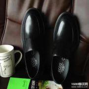 广州奢侈品男鞋微商代理一件代发,男鞋微信货源,女鞋微信货源