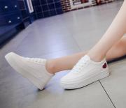 微商鞋子一件代发 一手运动鞋批发