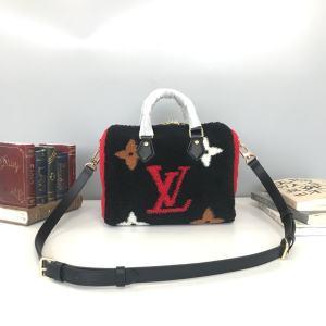 说一遍奢侈品包包一比一古驰包包腰带一手货源微信 代发 一手货源 货源 一件代发 一比 包包 奢侈饰品  第5张